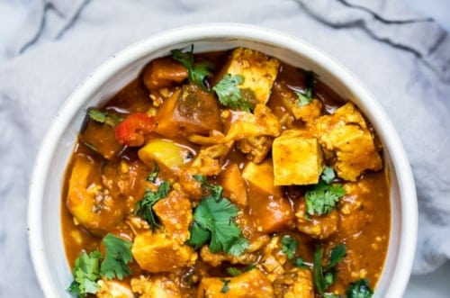 Tofu coconut curry with cashews - vegan dinner recipes