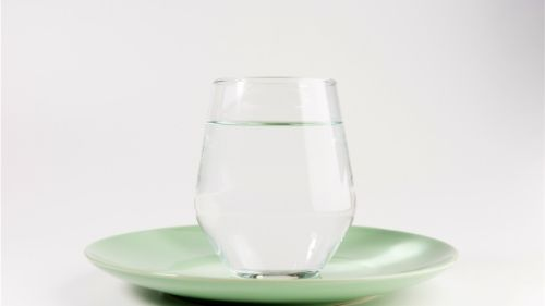 water will help you eat less calories