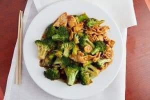Steamed broccoli with chicken